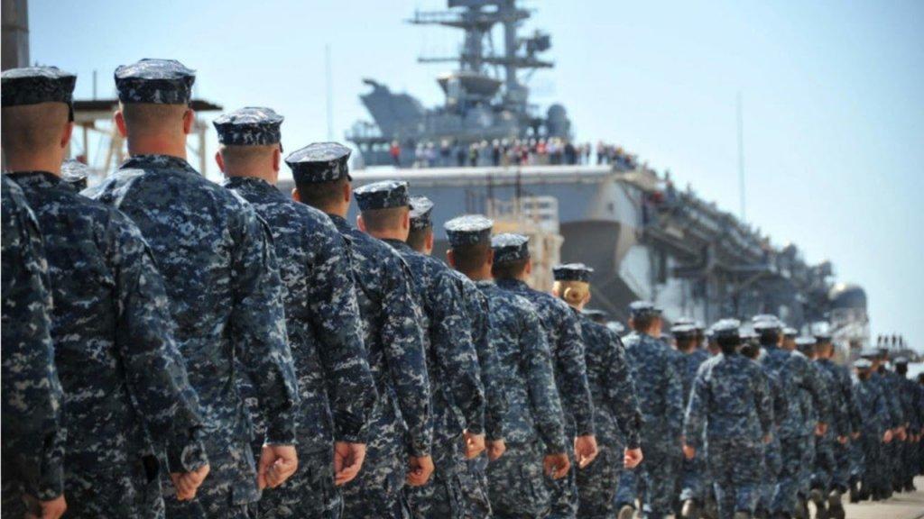 Военные корабли США собрались в Керченский пролив: названа причина