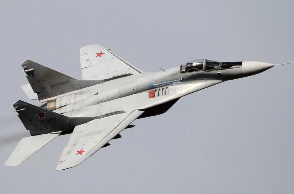 НП з російським літаком: опубліковано відео з місця аварії