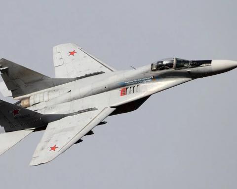 ЧП с российским самолетом: опубликовано видео с места аварии