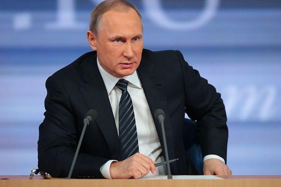 """Ще в одному російському місті з'явилася """"могила"""" Путіна: опубліковано фото"""
