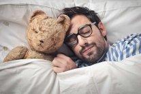 Скільки годин потрібно спати: вчені попередили про смертельно небезпечний відпочинок