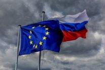 Росія відповіла на нові санкції ЄС істерикою