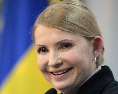 Тимошенко попала в конфуз со знаменитым писателем
