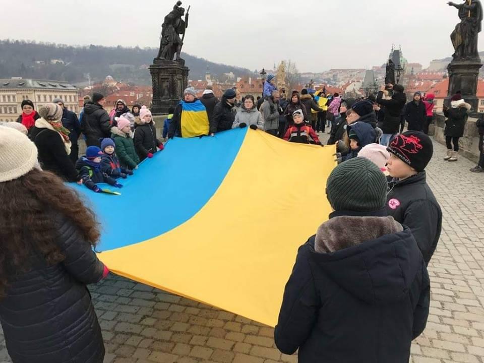 Українці влаштували масштабну патріотичну акцію в ЄС: з'явились вражаючі фото