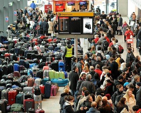 Пострадают тысячи туристов: в Европе «встали» сразу несколько аэропортов