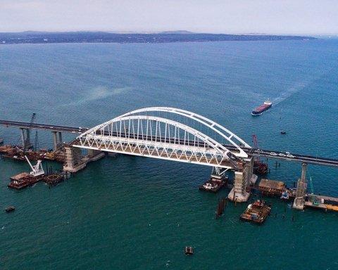 Есть угроза: стало известно о серьезных проблемах оккупантов с Крымским мостом