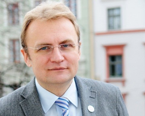 Садовый отказался от участия в выборах президента Украины
