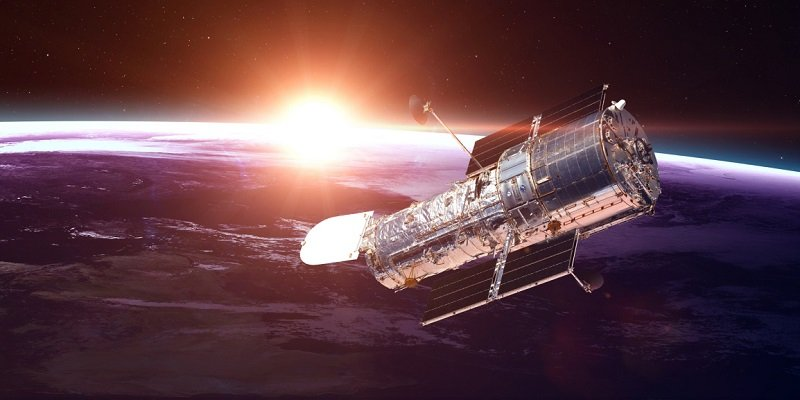 """Телескоп """"Хаббл"""" зробив неймовірні знімки далекої галактики: яскраві фото"""