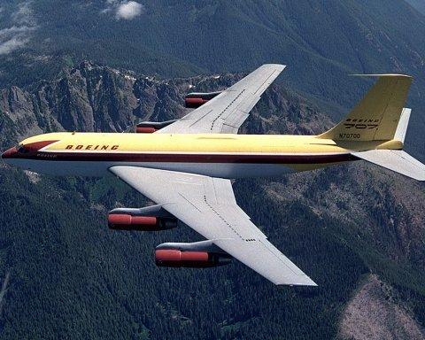 В Ірані розбився Boeing 707: перші деталі з місця НП