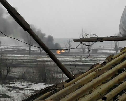 Бої на Донбасі: бойовик почав скаржитися на своїх «соратників»