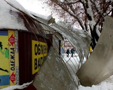 Оккупированный Донбасс продолжает разваливаться: появились фото
