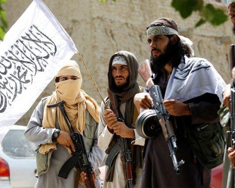 В Пакистане жестоко убили сына основателя «Талибана»: первые подробности