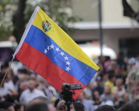 В Венесуэле дерзко ответили на требования Европы: протесты продолжаются