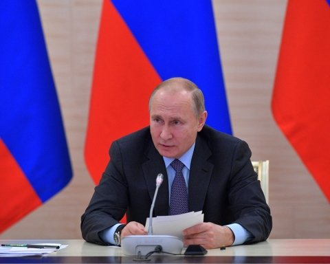 Розкрито плани Путіна щодо Донбасу, Криму та нової війни з Україною