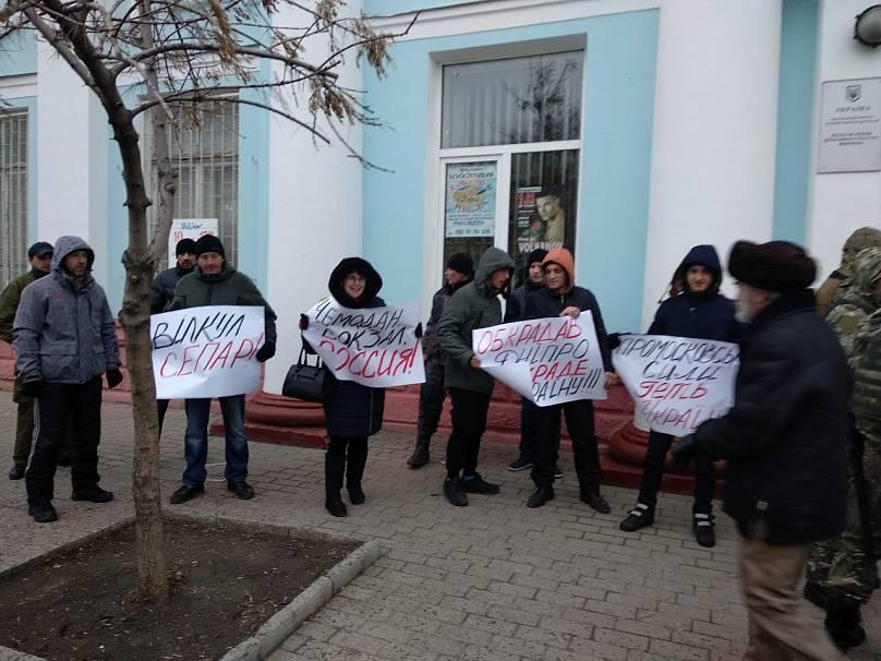 Скандального українського нардепа облили зеленкою: опубліковано фото і відео