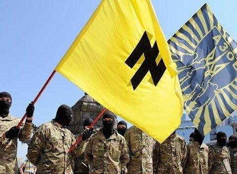 """З'явились гучні подробиці про співпрацю """"Азова"""" з іноземними екстремістами"""