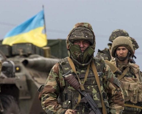 Десятки тысяч военных с оружием: в Украине озвучили механизм возврата Донбасса