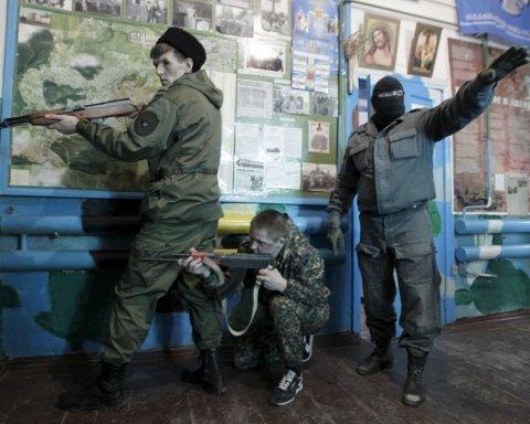 Поїдуть воювати: мережу обурило відео зі школи в Росії