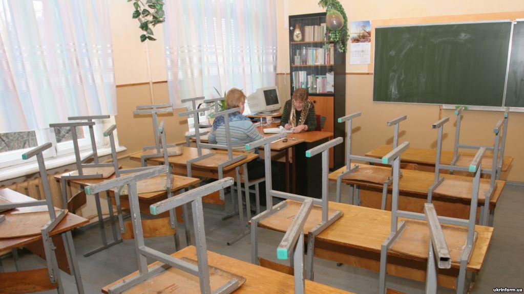 В Киеве закрыли сотню школ из-за вспышки гриппа: власти открещиваются от эпидемии