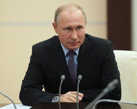 На кладовище тобі час: мережу розбурхало нове відео із Путіним