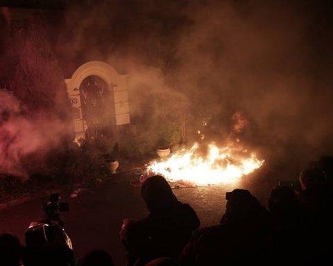 Скандал с окружением Порошенко: к фигуранту пришли националисты с «кровью» и огнем