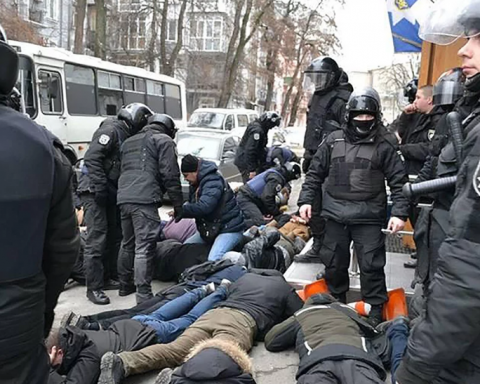 Жесткое задержание активистов в Киеве: в полиции сделали важное заявление