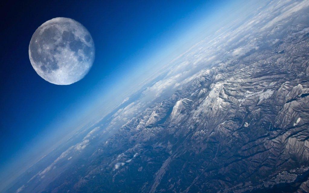 Зонд надіслав на Землю приголомшливі «передсмертні» знімки Місяця