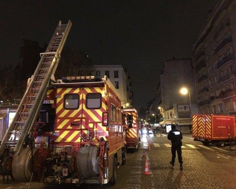 У Парижі вогонь охопив житловий будинок, багато загиблих і постраждалих: кадри з місця масштабної трагедії