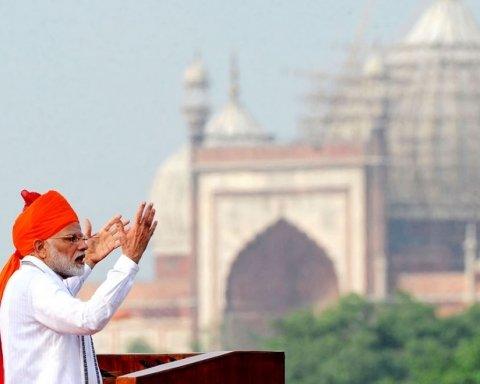 Индия и Пакистан на грани войны: военные начали сбивать самолеты