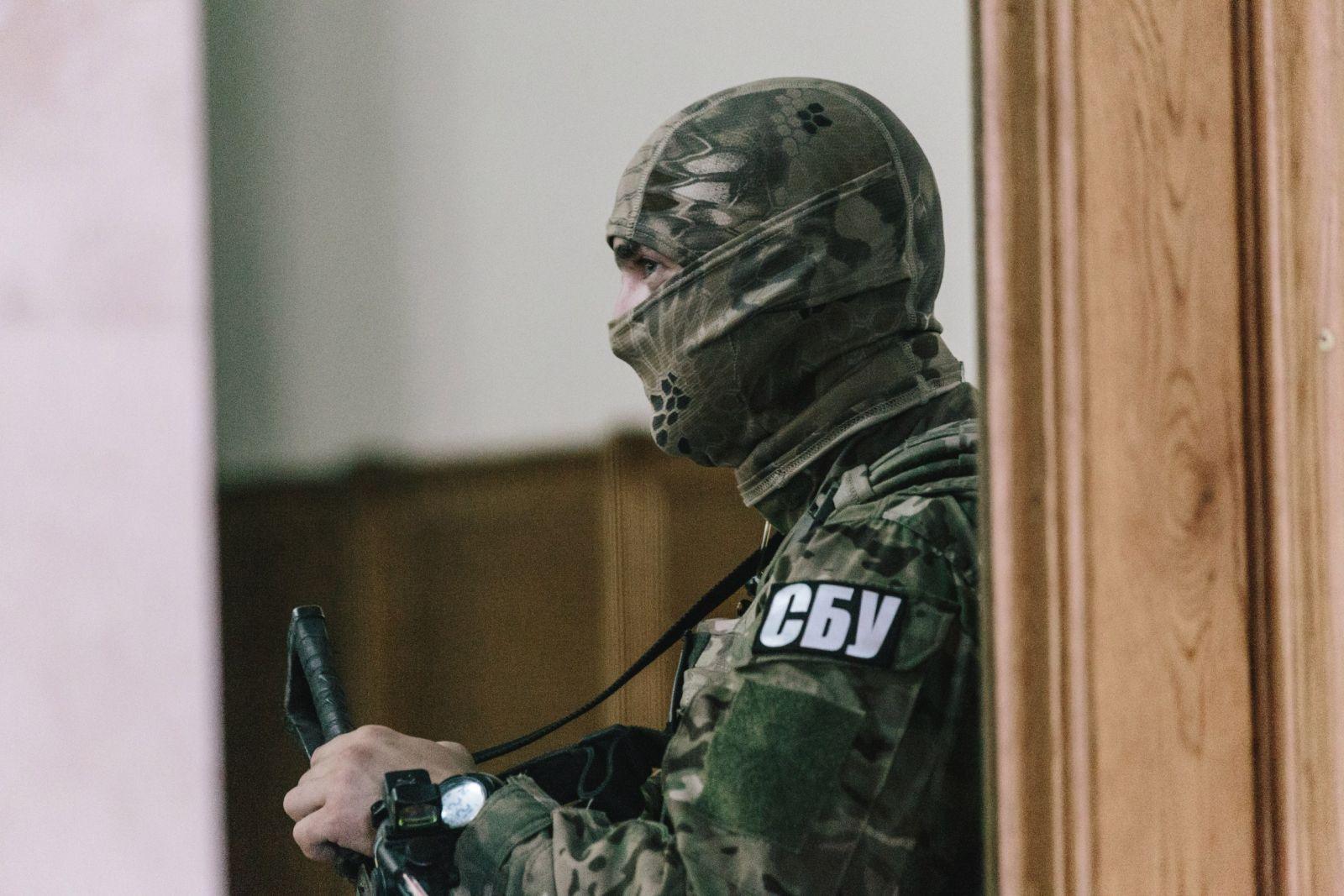СБУ затримала бойовика, який катував українських військових