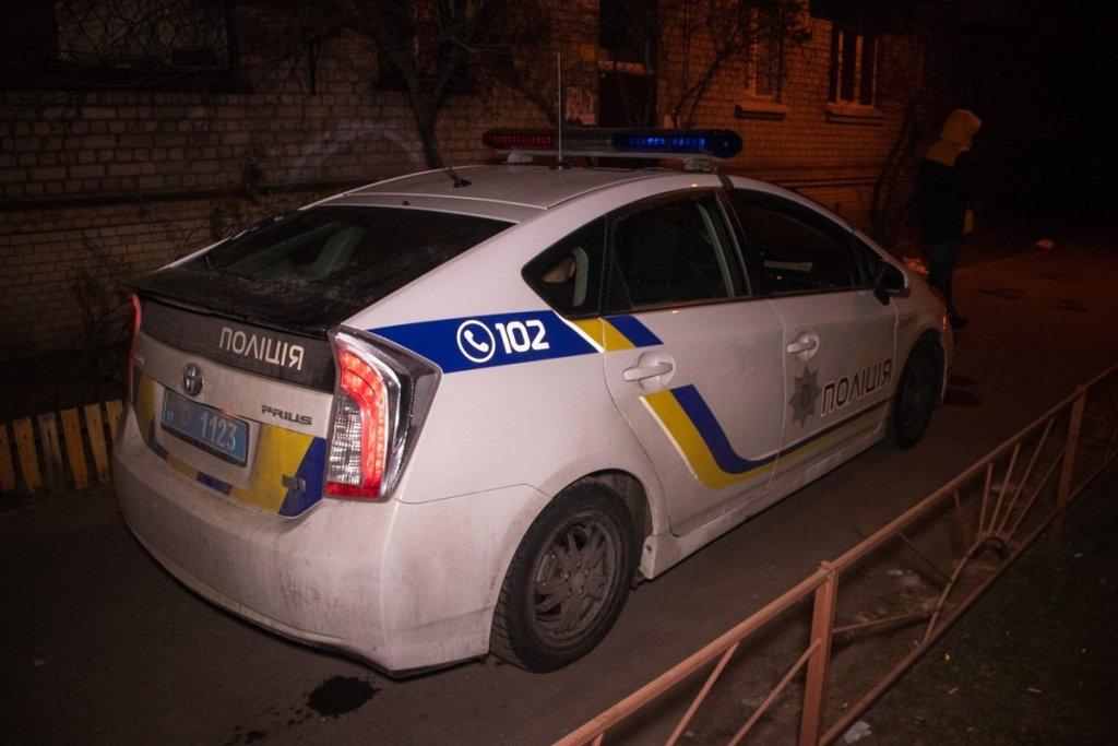 У Києві знайшли мертвого чоловіка: фото, відео та подробиці