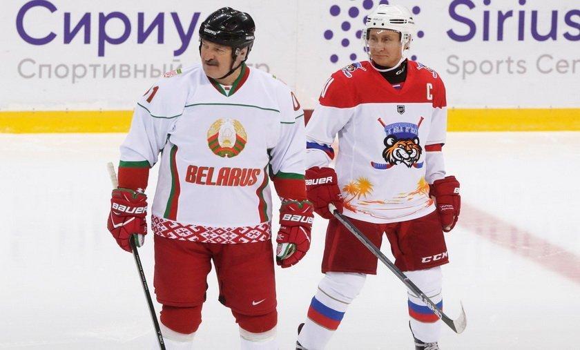 Путін зіграв у хокей з Лукашенком: у мережі побачили натяк