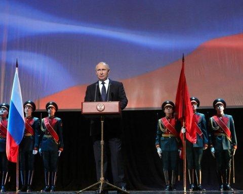 """Не тільки """"ДНР-ЛНР"""": що Путін взяв у Гітлера і ким був Захарченко"""
