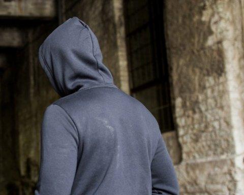 Изменение пола и аборты без разрешения: почему закон о «подростках» наделал много шума