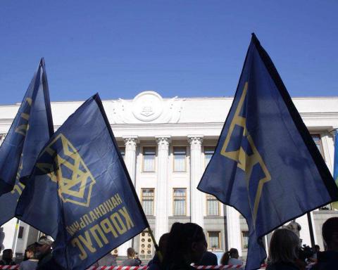 Заявили про вбивства: між Нацкорпусом і СБУ спалахнув скандал