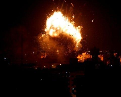Ізраїль завдав потужного удару по Сектору Газа: є постраждалі