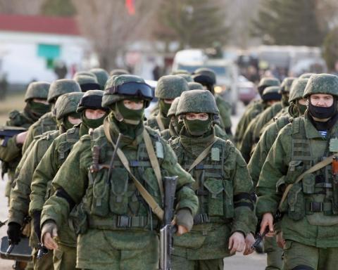 Волонтери розкрили фото та імена військових РФ, які воюють на Донбасі