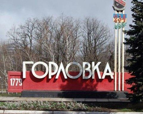 Гори сміття та розруха: у мережі показали сумне відео з Донбасу