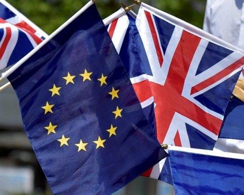 Британський парламент знову провалив голосування щодо Brexit: важливі подробиці