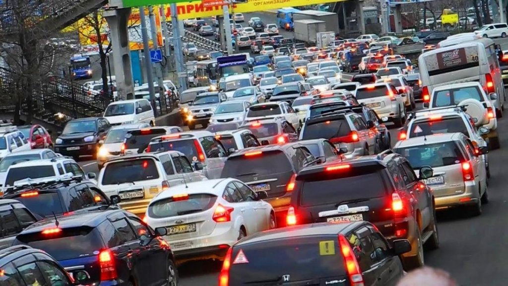 Последствия непогоды: Киев замер в затяжных пробках