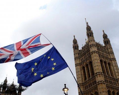 Brexit відбудеться: закон підписала королева Єлизавета