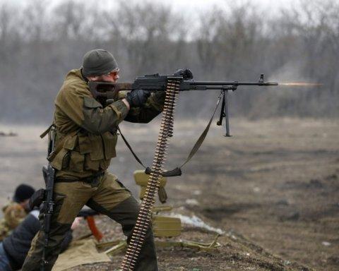 Десятки свіжих могил бойовиків: з'явилися цікаві відео із окупованого Донбасу