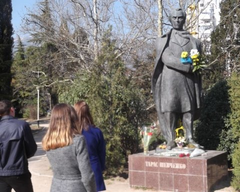 В окупованому Криму влаштували сміливу акцію до дня народження Шевченка: опубліковано відео