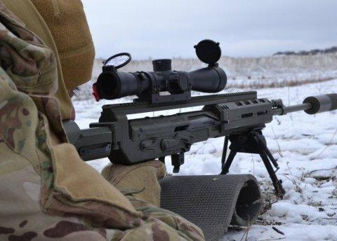 Український снайпер підстрелив бойовика на Донбасі: все потрапило на відео