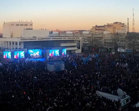 Оккупанты массово согнали крымчан на «путинский праздник»: появились фото и возмущение жителей