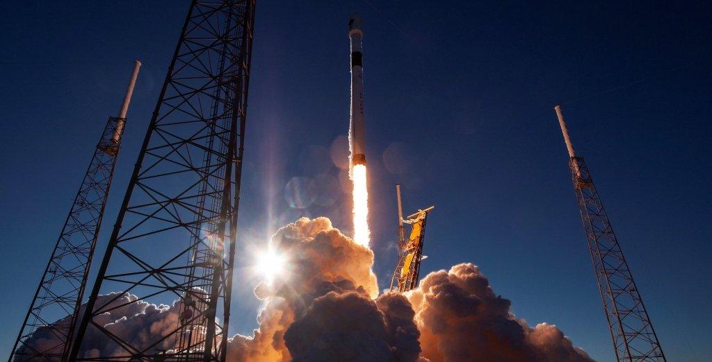 SpaceX відправила корабель Crew Dragon на МКС: з'явилось вражаюче відео
