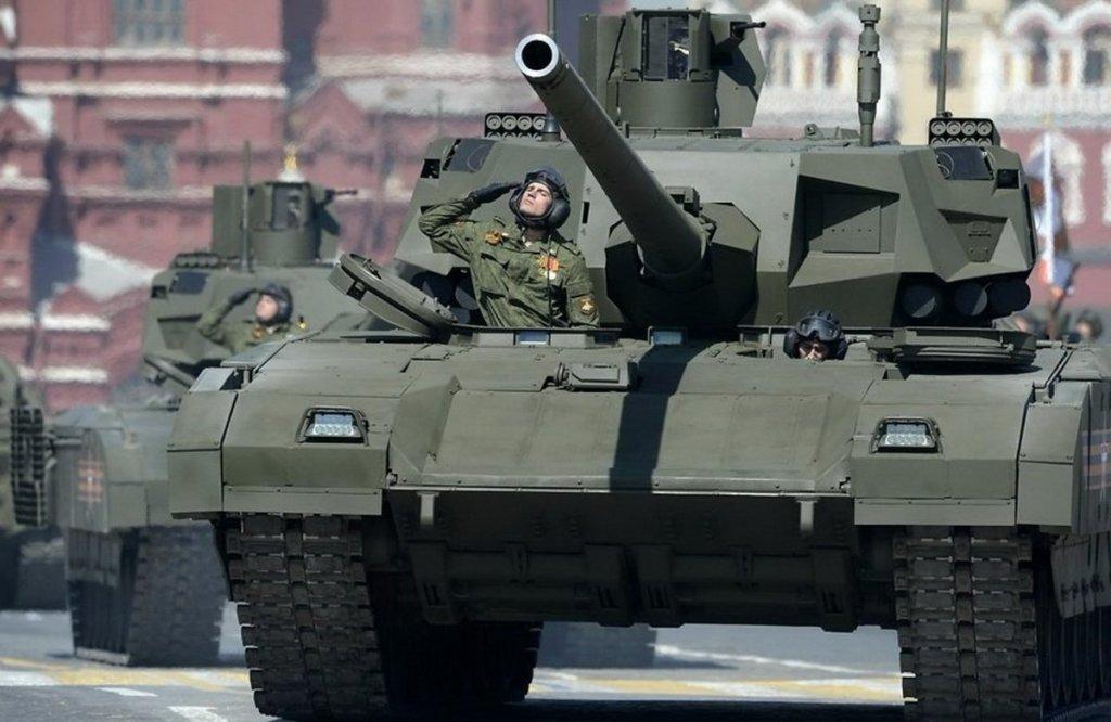 Росія нарощує війська на кордоні з Україною – що це значить: думки експертів