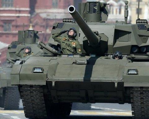 Путін почав стягувати війська до кордону з Україною: тривожне відео