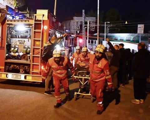 В Италии столкнулись два поезда: подробности и кадры катастрофы