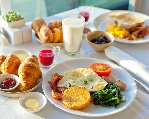 Врачи рассказали, что полезно есть на завтрак